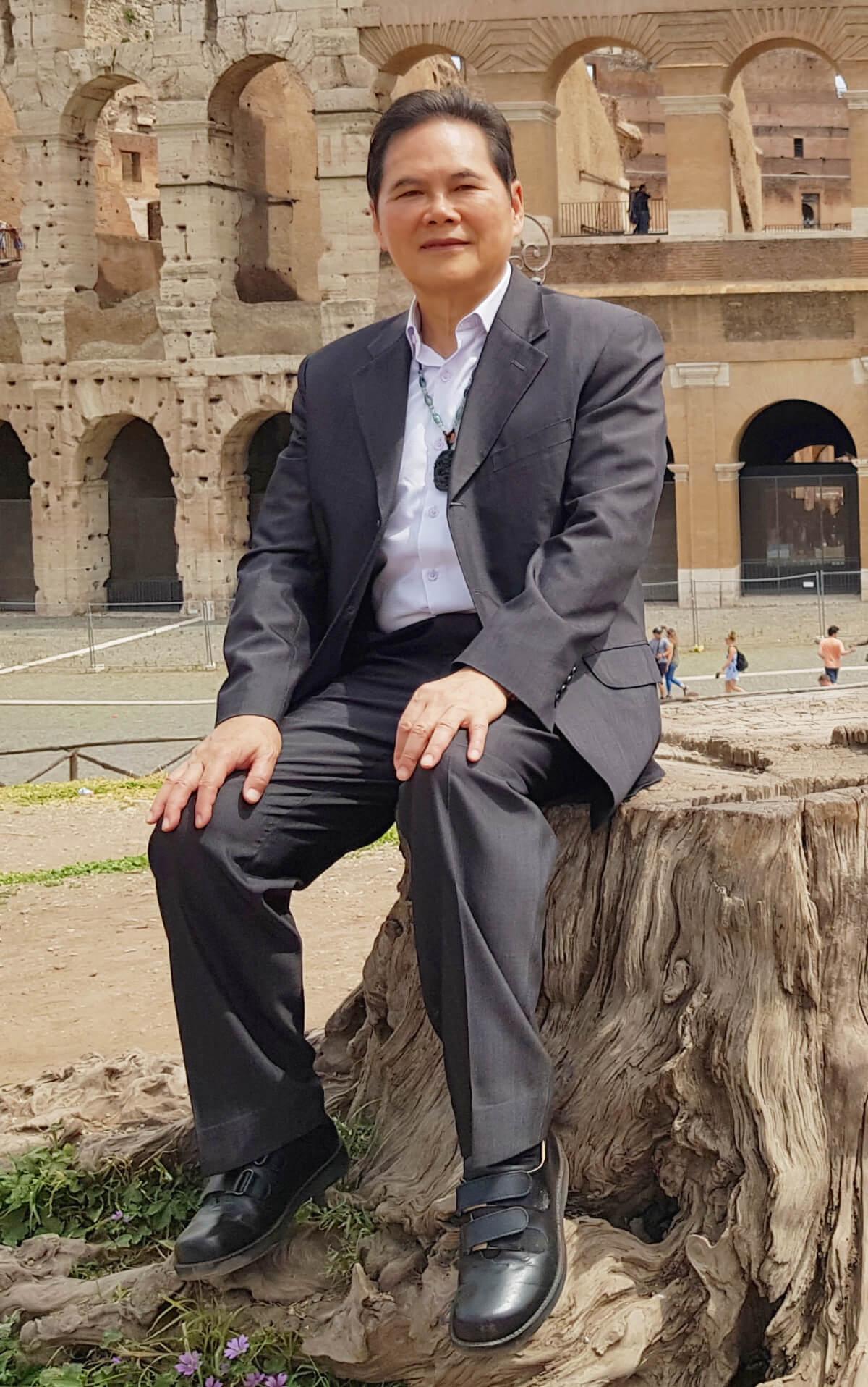 Sunkist Founder Ken Hwang